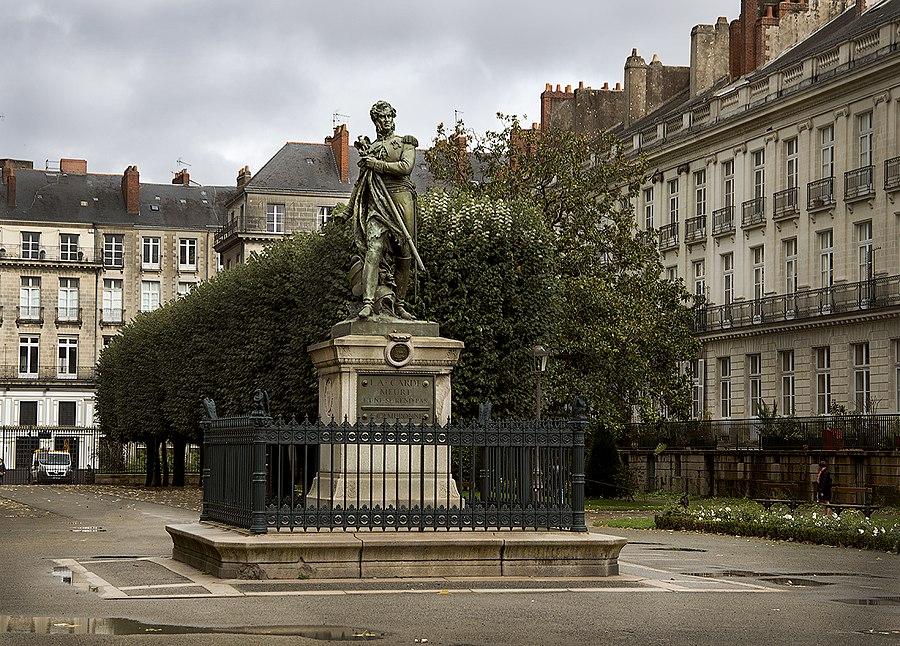 Cauta? i Nantes Girl.)