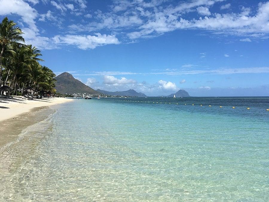 Intalnire cu fetele Mauritius
