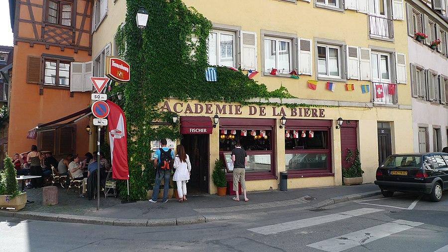 Dating Girl din Strasbourg)